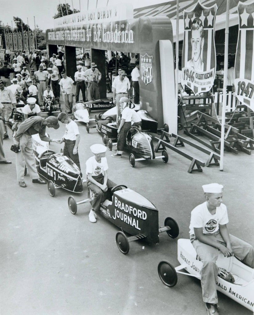 Boys lining up for the race, via Ohio Memory.