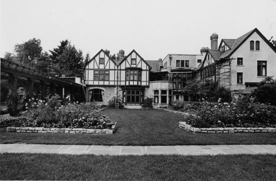 The Governor's Residence and Heritage Gardens, as seen on Ohio Memory. This piece of Ohio history is preserved both through images and as an archived webpage!