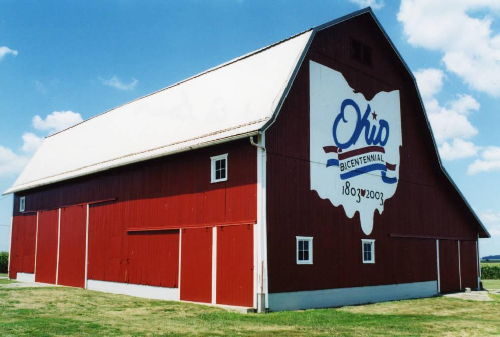 Exterior view of Barn #86, located on Lincoln Highway west of Gamble Road in Van Wert County. Via Ohio Memory.
