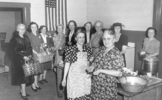Women volunteers working at the Union Station Canteen in Marion, Ohio, February 1943. Via Ohio Memory.