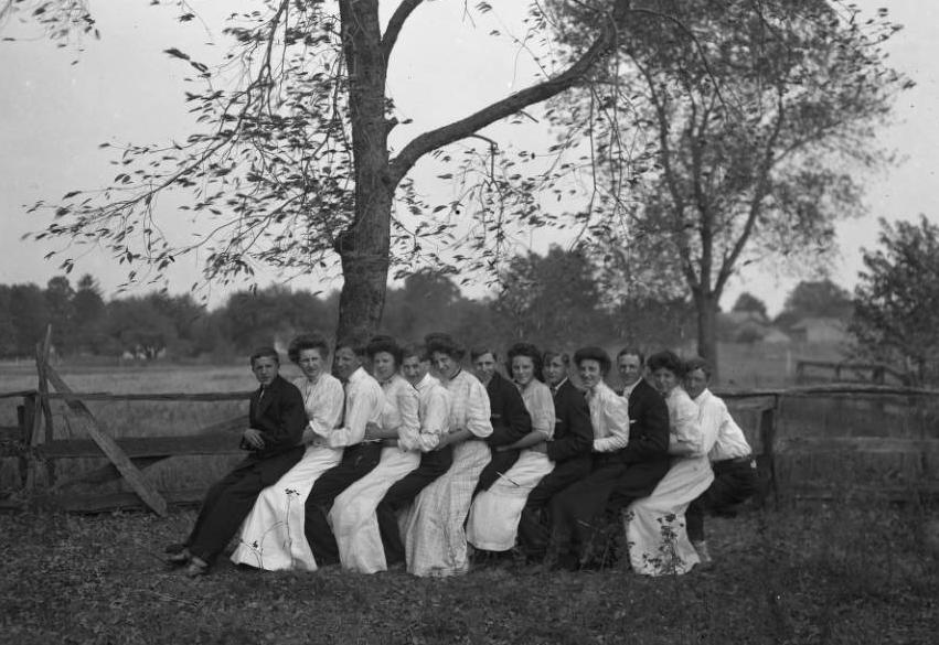 Unidentified group of young adults, posed for a photo ca. 1908. Via Ohio Memory.