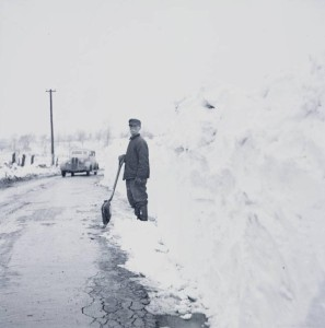 Shoveling in the snowdrifts, ca. 1940. Via the Ohio Guide Collection.