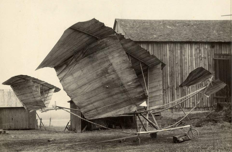 Photograph showing the Martin Glider ca. 1909, courtesy of the McKinley Presidential Library and Museum via Ohio Memory.