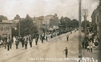 1904 parade in Bowling Green, courtesy of the Wood County District Public Library via Ohio Memory.